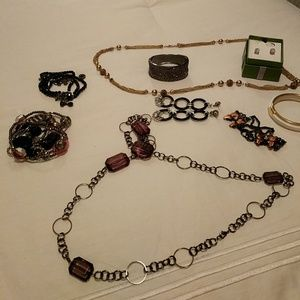 Jewelry - Collection of costume jewelry